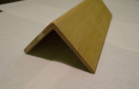 уголок из лиственницы, фото 1